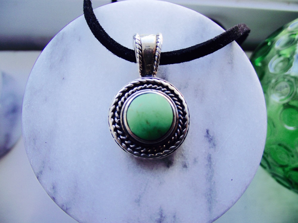necklace (1).jpg